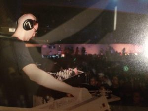 Richie Hawtin during his set at Skylab Mission 7 in 2000.